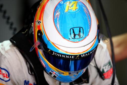 图文-F1西班牙站第3次练习 迈凯轮车队阿隆索
