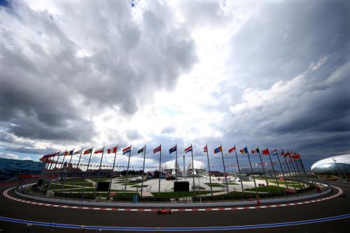 图文-F1俄罗斯站第1次练习 法拉利车队维泰尔