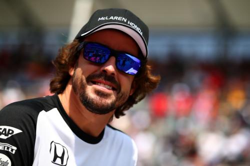 图文-F1墨西哥站正式比赛 迈凯轮车队阿隆索