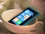 诺基亚 Lumia 800