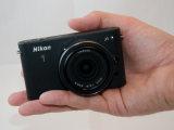 尼康J1 相机外观
