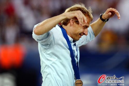 高清图-06年世界杯德葡三四名决赛回顾
