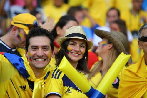 新浪直击哥伦比亚乌拉圭球迷
