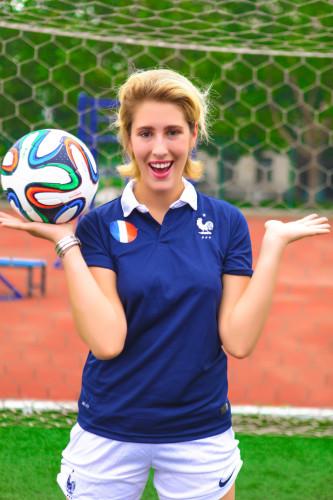安雅写真支持法国进8强