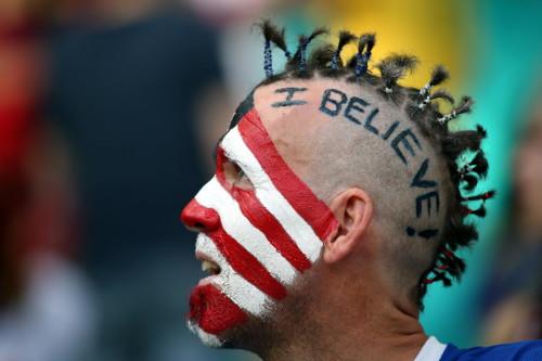 新浪直击比利时美国球迷