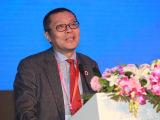 王巍揭晓并购公会十年成长历史人物画作