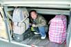 乘客藏到行李箱