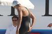 女选手撑破泳衣