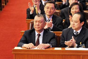 十一届全国人大三次会议举行闭幕会