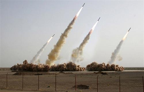 伊朗试射导弹照片疑造假夸大武器真实力量