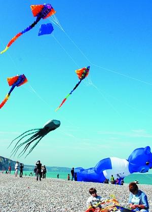风筝放飞梦想的图案和文字