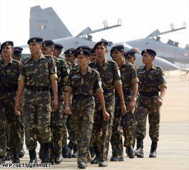 美国官员称印度空军正为袭击巴基斯坦做准备
