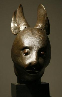 追索明园鼠首兔首铜像