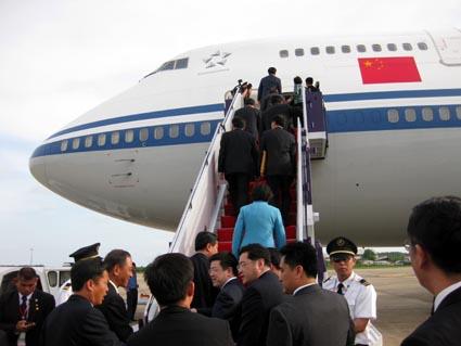 出席东盟峰会的各国领导人安全离开泰国