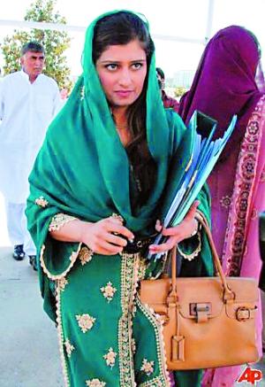 巴基斯坦藏了个美女