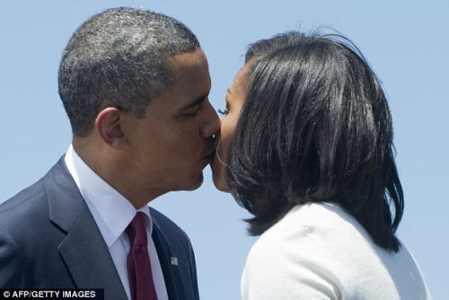 奥巴马为单身男士支招 建议找基因优秀女性结