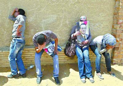 穆巴拉克支持者十分沮丧。