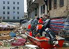 轻舟大队在丰顺县解救被洪水围困的群众