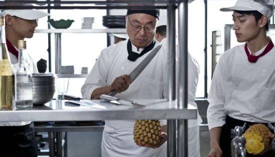 《饮食男女》剧照-厨房情景