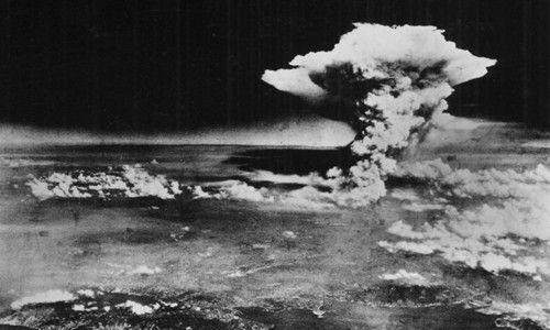 今年8月6日是美国在广岛投掷原子弹七十周年
