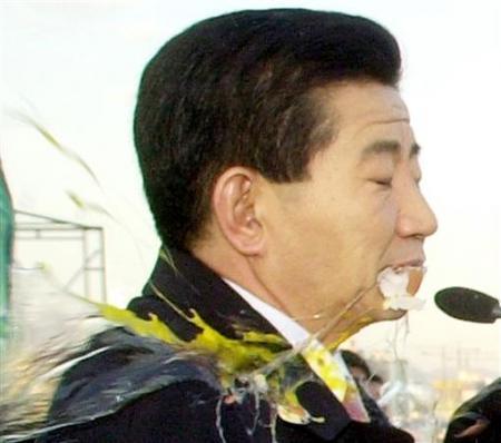 民主党总统候选人卢武铉