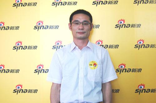 南京理工大学学生处副处长王虎做客新浪谈09高招