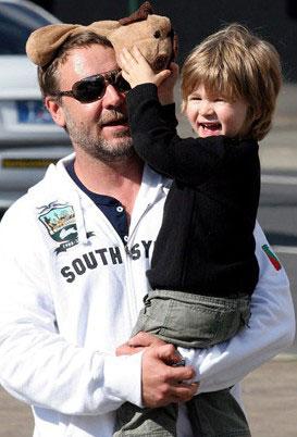 罗素・克劳和儿子