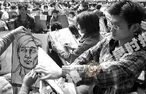 很多艺术类考生都会参加考前培训班。信息时报记者 巢晓 摄