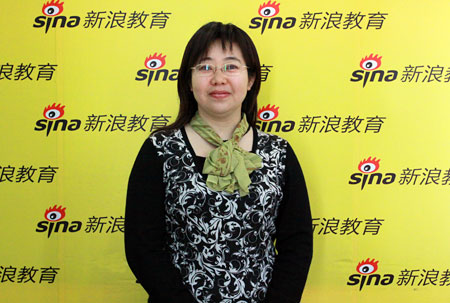 中国传媒大学招办主任夏丹做客新浪解析2010年艺考招生