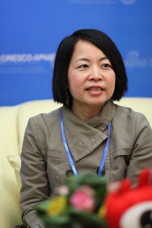 香港城市大学内地及对外事务处主任卓燕女士