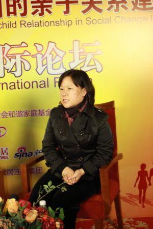 《少年儿童研究》杂志主编刘秀英做客新浪