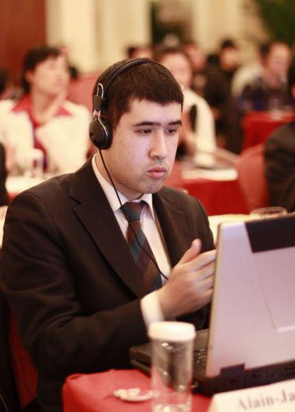 法国驻华大使馆高等教育合作专员慕建明出席2011中国留学论坛