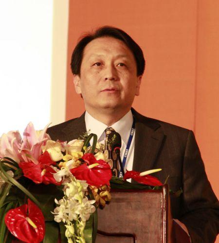 中国教育部留学服务中心副主任巩万出席第十六届中国国际教育巡回展
