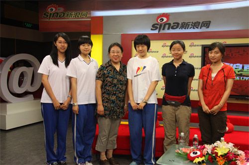 北京文科状元朱竹和她的同学老师们