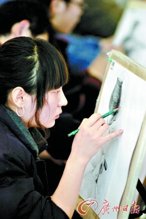 艺考生文化补习,一般而言,音乐、美术生必须把最多的精力放在文综上。
