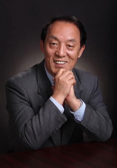 李德顺(1945.9――)黑龙江齐齐哈尔市人