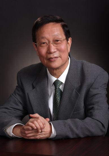 应松年(1936.11――)浙江宁波人。