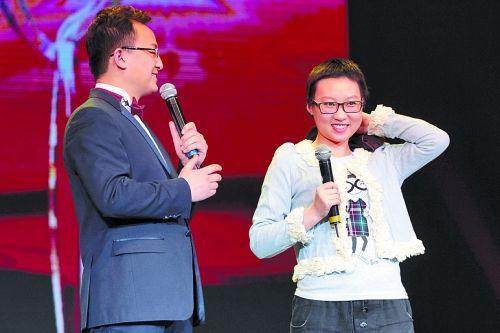 """1月8日,王慧在2012""""感动山西""""十大人物颁奖会上"""