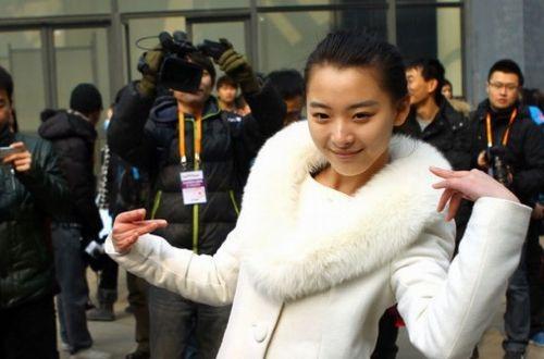 目前,刘芷微已经通过了北影和中戏的初试