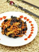 虫草花炒肉