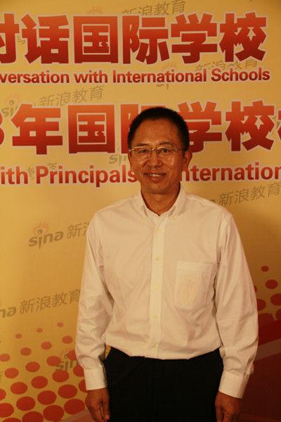 北京新东方扬州外国语学校校长王修文先生