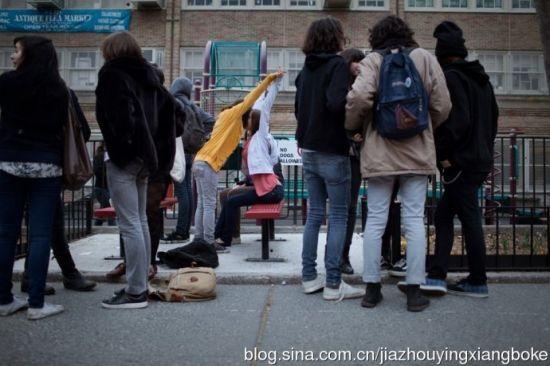 国外15岁女生放纵私生活