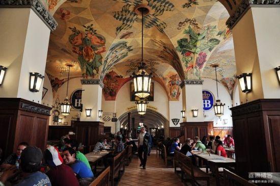 在德国就是要大口喝酒大口吃肉