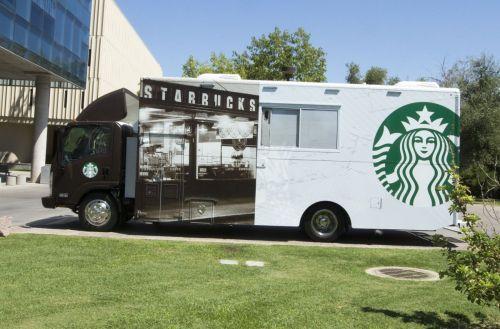 星巴克流动快餐车入驻美国大学校园