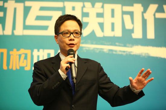 台湾政龙文教科技有限公司董事长钟藏政先生