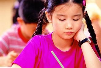 英语在线APP:初中生学英语易现两极分化