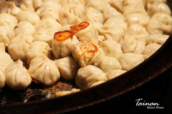 台南夜市人气爆棚的诱人美食