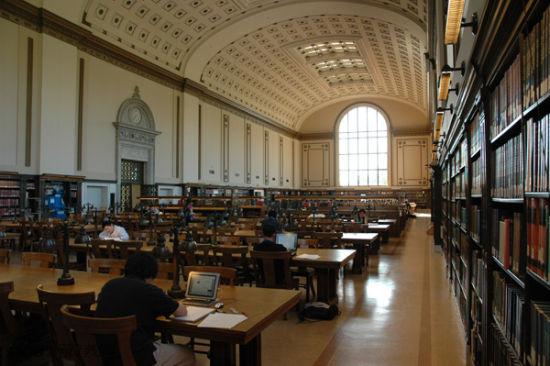 美国,加州大学伯克来分校,杜图书馆的北阅览室。The North Reading Room in Doe Library, UC Berkeley, Berkeley, CA