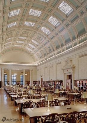 美国,麻萨诸塞州,剑桥市,哈佛大学伟登那图书馆。Widener Library, Harvard University, Cambridge, MA