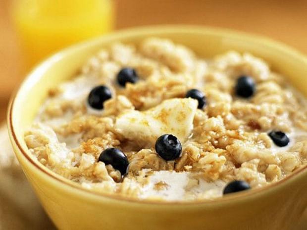 第二天早餐:牛奶燕麦粥